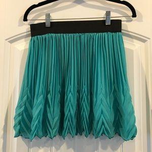 Dresses & Skirts - Aqua pleated skirt NWT
